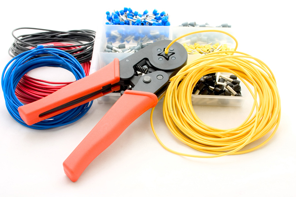 8 Ways in Finding a Professional Electrical Contractor for Your Home Needs