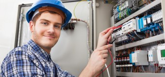 Hiring the Professional Electrical Contractors for Your Task