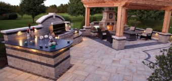 The Charm of an Outdoor Kitchen