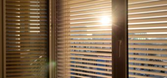 Top Aspects to Consider in Cafe Blinds